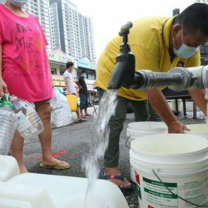クアラルンプールの住民が度重なる断水に激怒! コロナ禍と断水のダブルパンチ! 切れてる人が沢山