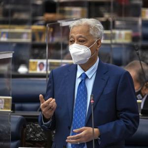 マレーシア世帯月収1万リンギットにするって! イスマイル首相のコロナ以降の構想!MP12マレーシ