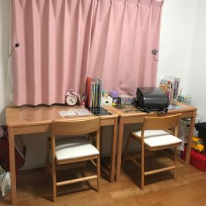 増税前に購入した学習机 やっと設置しました
