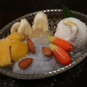 タイの伝統菓子ルークチュップとアイス達が奏でる、妙なる調べ! 微笑みの国、タイ王国にならではの 気高さに満ちたプレートでしたね♪ プーロム IN 東中野