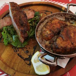 松阪ポークと「たっぷりバターに溺れた 鶏のソテー」、夢の競演♪ 西荻窪・trattoria29