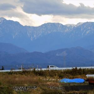 10日ほど前、富山市水橋から撮った立山の写真・・・神通川以西の富山市北部・射水市の写真と比べてください
