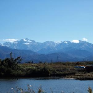 一週間前(11月15日)の午前中に撮った雪化粧が進んだ立山連峰・・・富山市水橋