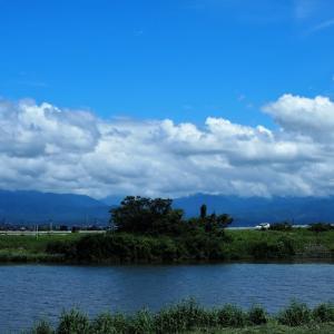 ほんとに久しぶりに晴れました、立山には雲、気分爽快・・・富山市水橋