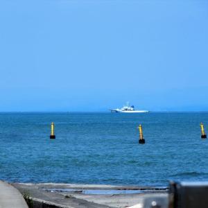 富山湾の岸辺風景(常願寺川河口付近)・・・富山市水橋付近