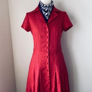 自信作、赤いリネンのドレス2020