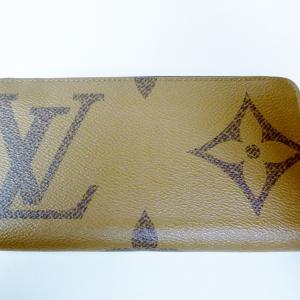 LVモノグラム ジャイアントリバース ジッピーウォレット(カードスロット12枚)