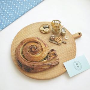 RITUELのエスカルゴパンとミニチュア パン&おすすめゲームアプリ