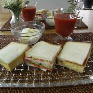 日曜日:朝食サンドイッチ♬