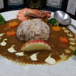 マレーシア発日本のカレールーでオリジナルの「五穀米おにぎりカレー」を作った