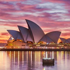 オーストラリアでの挙式費用はいくら?注意点やおすすめ時期を解説