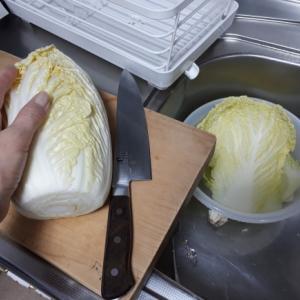 白菜は 丸ごと1個買う