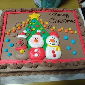 クリスマスパーティから~の、クリスマスパーティ(笑)コストコケーキやマシュマロでデブ活だわ♪