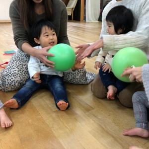 リトミック 太白区長町 子ども達の出来た!がいっぱい見れます☆ママ達も思いっきり楽しんでますよ♪