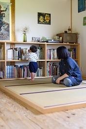 末永ハウジングオリジナル本棚の施工例を紹介します♪