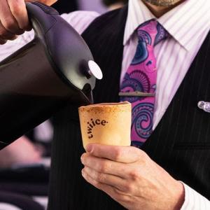 食べられるコーヒーカップを試験導入したニュージーランド航空 すごい!