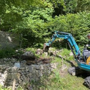 薪小屋作り再開、すぐ一段落