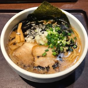 麺屋 海猫 Feeeal旭川店 ② 〜今なら濃厚な白湯醤油を旭川市内で食べられます!〜