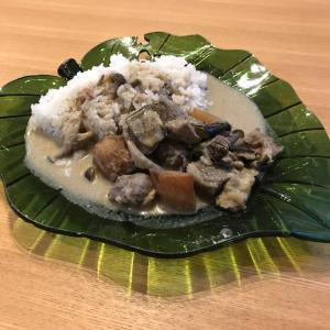 【テイクアウト】キッチン Raan Ako ② 〜タイ料理のゲーンのグリーンをto go!〜