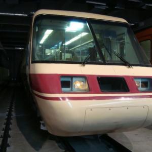 リニア・鉄道館で『しなの』のパノラマグリーン車・クロ381が展示終了へ