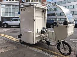 Amazonは、ニューヨーク市で、電動自転車の配達チームを成長させる。(2)'20.10.23