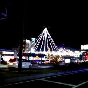 八木駅の イルミネーションが 綺麗だす‼️