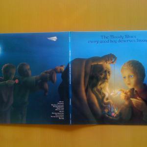 今日の一曲 6/20  The Moody Blues (良い子は宝♪ 悪い子、フツーの子は?)