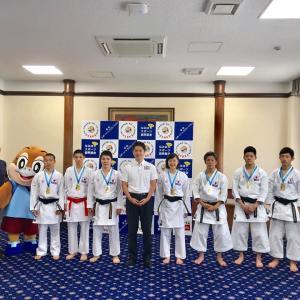 吉村大阪府知事を表敬訪問しました