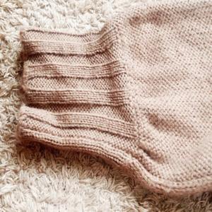 伸びたセーターを直して着てる?