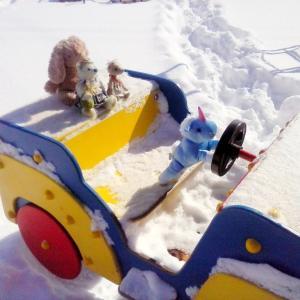 ウクライナで雪遊び