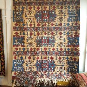 本日「トルコ 村の女性が織り伝える絨毯、キリム展」最終日です!!