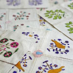 割礼式のお祝いに装飾刺繍チェブレ