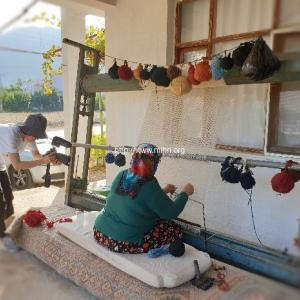 内田英恵氏「絨毯の成る果樹の庭先 ートルコ ある村の手仕事―」上映会のお知らせ