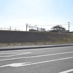 勝栄寺の土塁と濠     その2