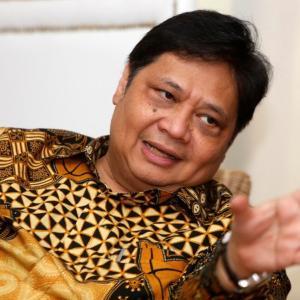 インドネシアが違法に輸入された携帯電話をブロックする規則を発行