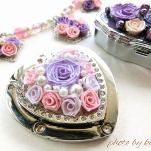 アクセサリーをロザフィのバラで飾る!