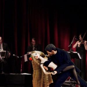 tango argentina garnet