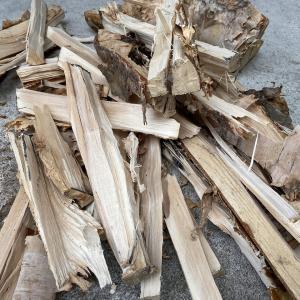 たき火の薪割りを楽しく簡単に、子供でも女性でも出来てしまうものはコレ!