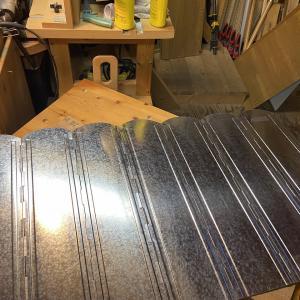 高さ60cmの大型風防板を買ってみた。これあると安心する。