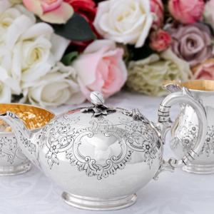 純銀製 1872&76年 バーナード お花とスクロール バチェラーサイズ ティーセット
