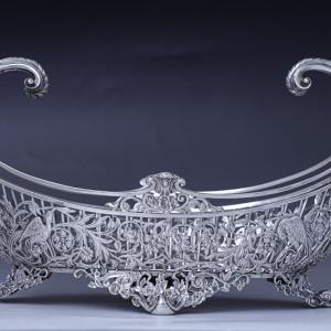 純銀製 1902年 特級品 エルキントン 手作業の鋳金 貴族の館の花入れ/フルーツバスケット