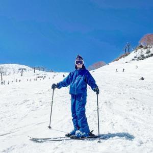 ゴブ用専用スキー板で新しい感覚へ
