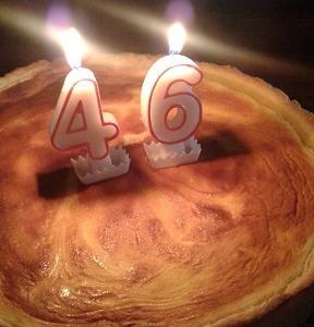 チーズケーキでお祝いを