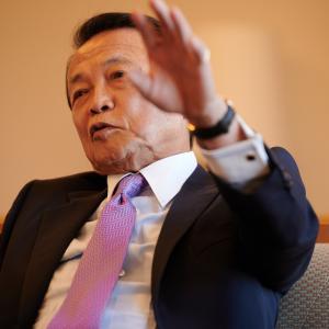 ◆悲報◆米国政府「日本の死者、60人?凄すぎる…何で?」麻生大臣「俺もよくわからん」