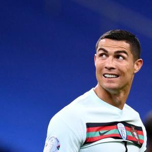 ◆悲報◆クリスティアーノ・ロナウドが新型コロナ陽性…ポルトガル代表から離脱へ