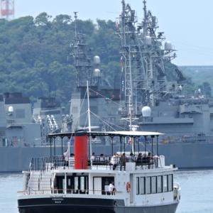 大人気のクルーズ 『YOKOSUKA軍港めぐり』②