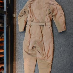 エンジンの音 轟々と♪「旧日本陸軍冬用電熱飛行服(ツナギ) 」