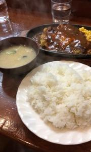 高田馬場の洋食の名店ランチ「谷沢」
