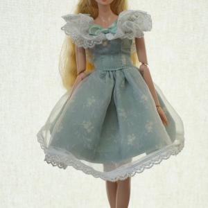 夏の後半のお人形