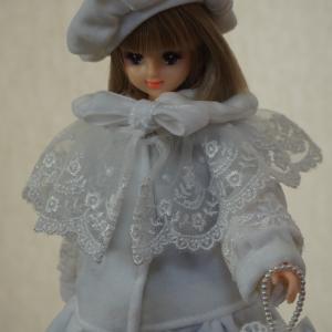 やっと大作完成です!お人形さんの別珍のコートコレクション前編